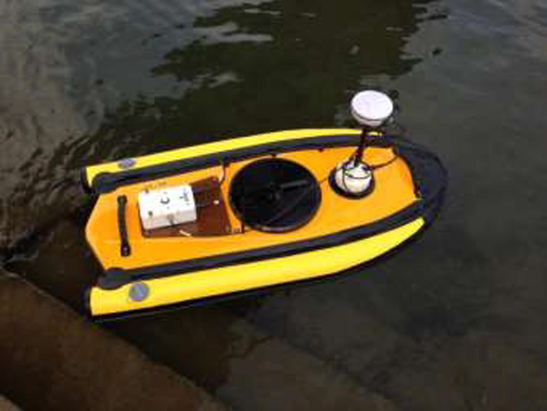 無人ボート